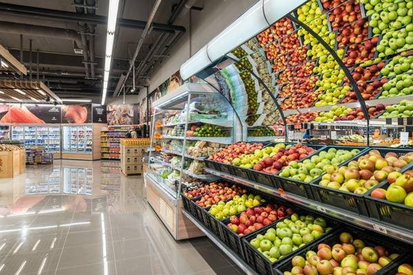 В супермаркетах Польши появились украинские полки